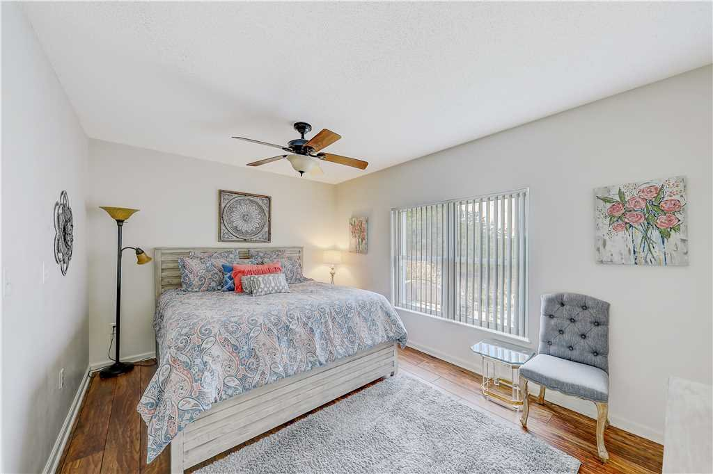 Photo of a Pigeon Forge Condo named Peaceful Retreat Whispering Pines 104 - This is the fourteenth photo in the set.