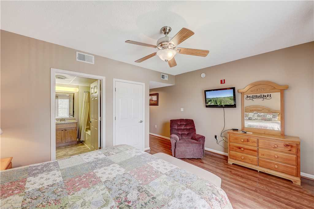 Photo of a Pigeon Forge Condo named City Side Comfort Whispering Pines 102 - This is the eleventh photo in the set.