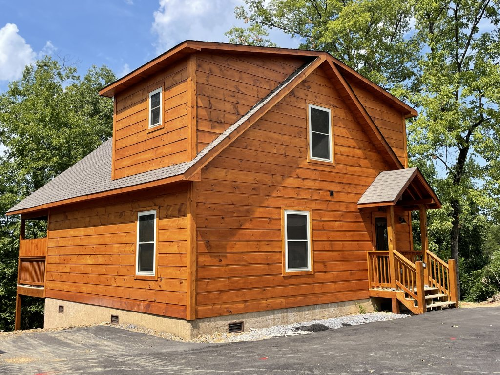 Photo of a Pigeon Forge Cabin named Harmony In The Valley - This is the first photo in the set.