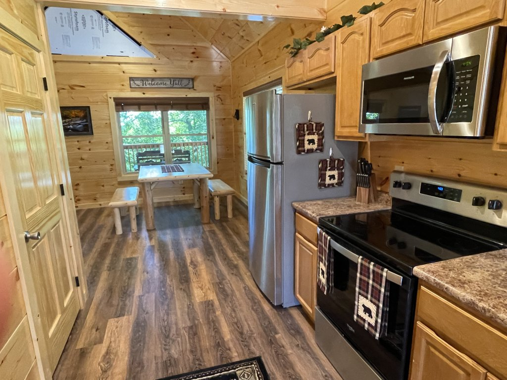 Photo of a Pigeon Forge Cabin named Harmony In The Valley - This is the seventh photo in the set.