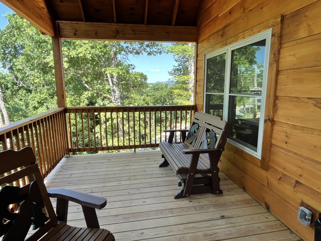 Photo of a Pigeon Forge Cabin named Harmony In The Valley - This is the eighth photo in the set.