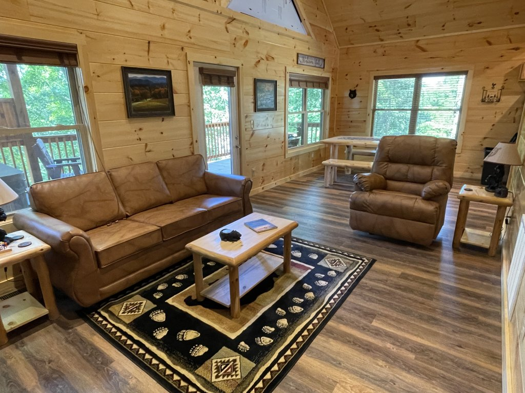 Photo of a Pigeon Forge Cabin named Harmony In The Valley - This is the sixth photo in the set.