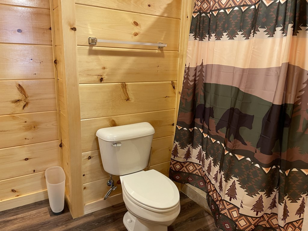 Photo of a Pigeon Forge Cabin named Harmony In The Valley - This is the fifteenth photo in the set.