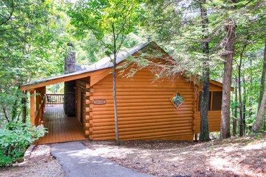 Beautiful Private 1 Bedroom Cabin That Sleeps 4 In  Beautiful Wears Valley!
