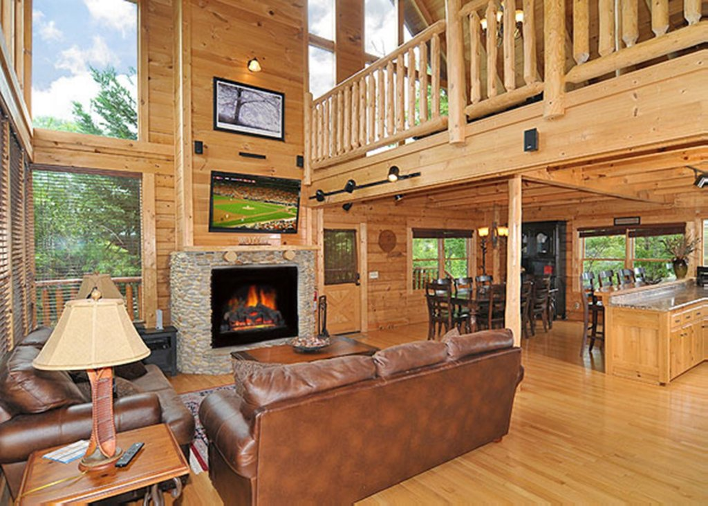 Photo of a Sevierville Cabin named Halfway To Heaven #40 - This is the sixth photo in the set.