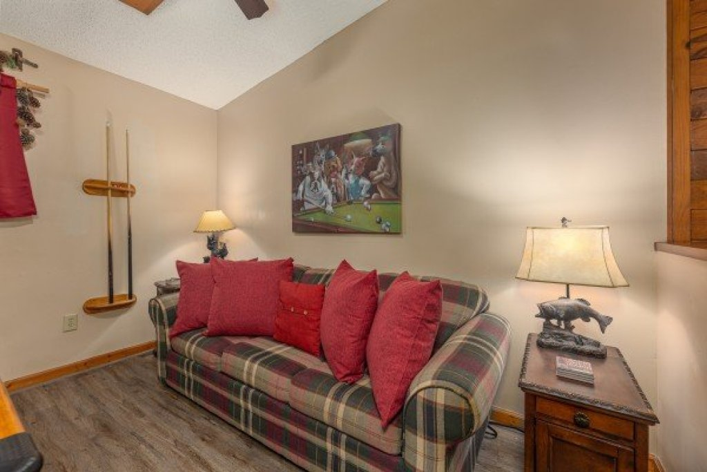 Photo of a Sevierville Cabin named Magic Moments - This is the nineteenth photo in the set.