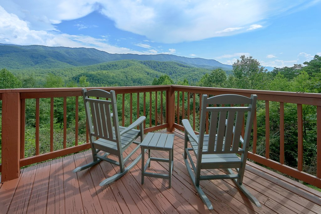 Photo of a Gatlinburg Cabin named Mountain Haven - This is the fourth photo in the set.