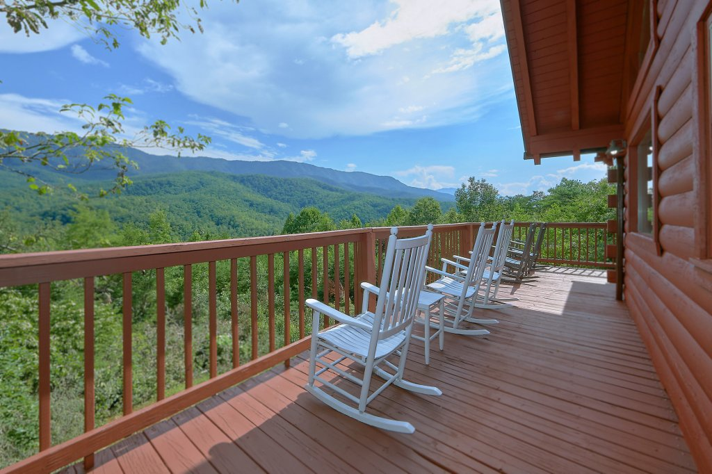 Photo of a Gatlinburg Cabin named Mountain Haven - This is the fifth photo in the set.