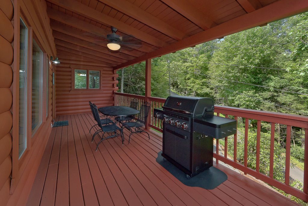 Photo of a Gatlinburg Cabin named Mountain Haven - This is the seventh photo in the set.