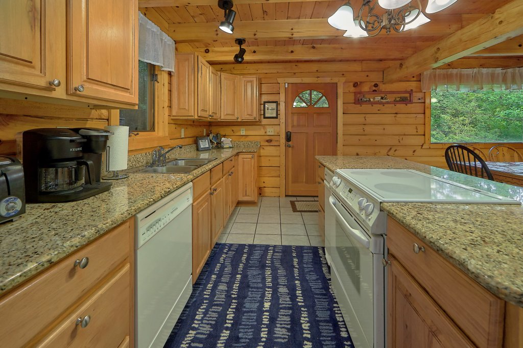 Photo of a Gatlinburg Cabin named Mountain Haven - This is the nineteenth photo in the set.