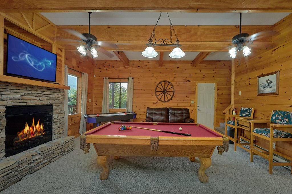 Photo of a Gatlinburg Cabin named Mountain Haven - This is the tenth photo in the set.