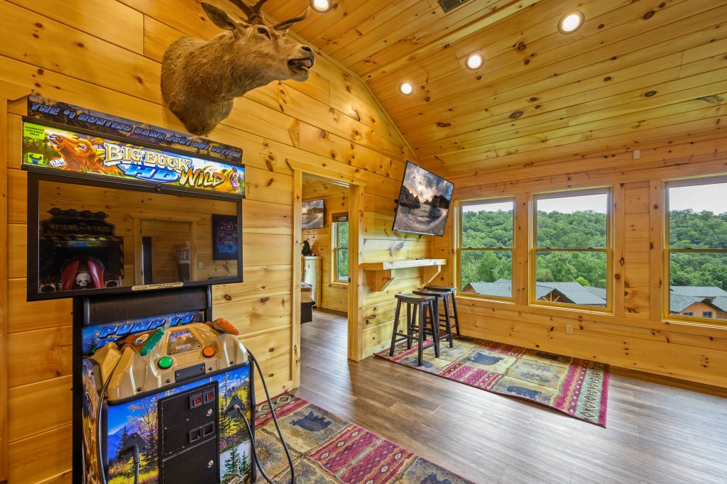 Photo of a Gatlinburg Cabin named Bear Splash Adventure - This is the eightieth photo in the set.