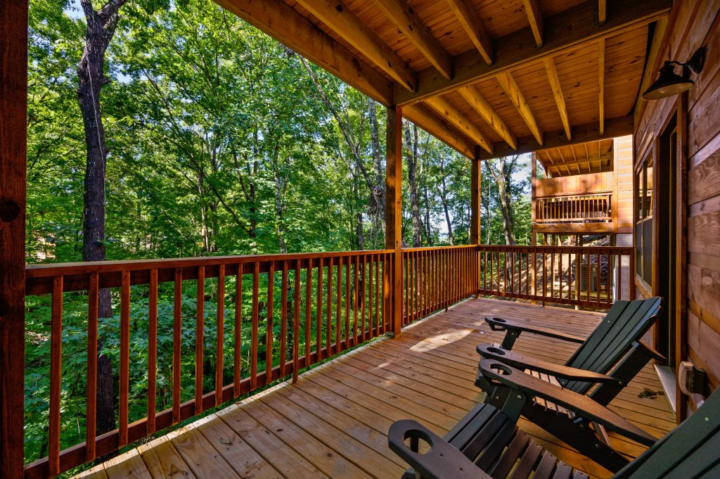 Photo of a Pigeon Forge Cabin named Mountain Music - This is the thirty-fourth photo in the set.