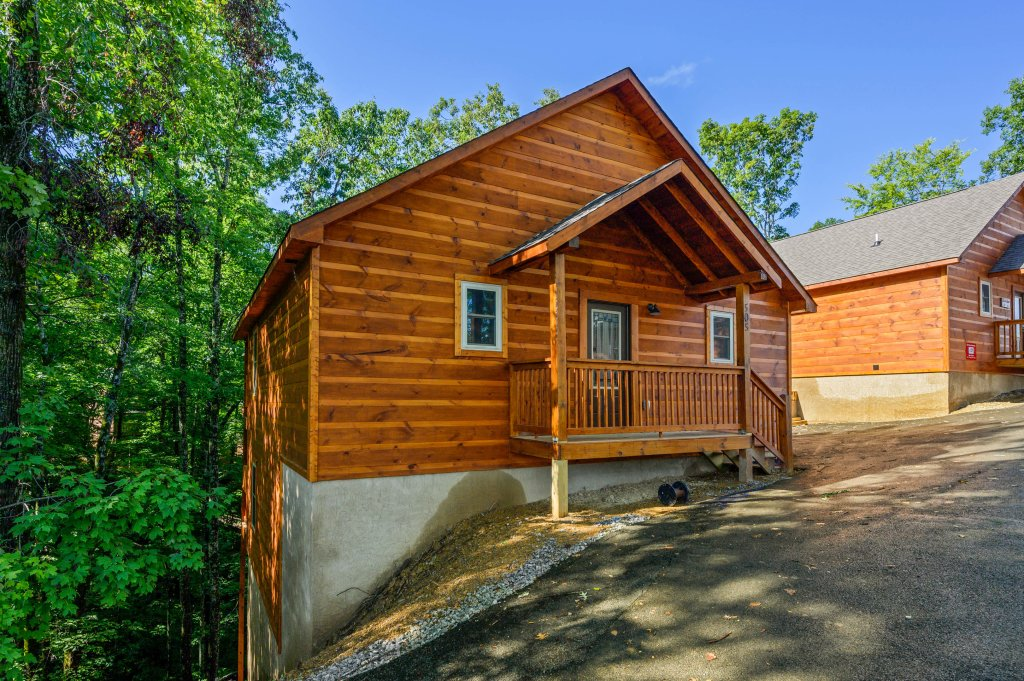 Photo of a Pigeon Forge Cabin named Mountain Music - This is the sixty-third photo in the set.