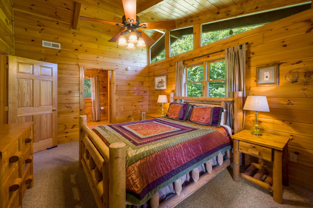 Photo of a Gatlinburg Cabin named See Forever - This is the nineteenth photo in the set.