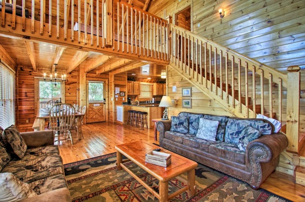 Photo of a Pigeon Forge Cabin named Raccoon Ridge - This is the sixth photo in the set.