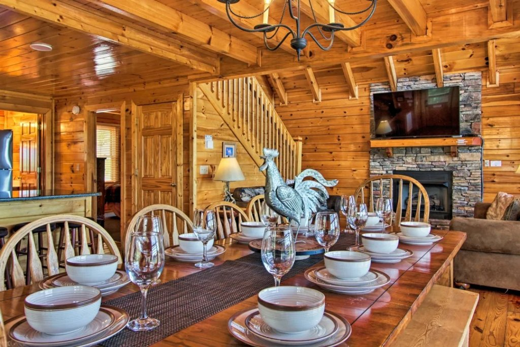 Photo of a Pigeon Forge Cabin named Raccoon Ridge - This is the eighth photo in the set.