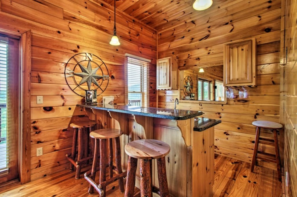 Photo of a Pigeon Forge Cabin named Raccoon Ridge - This is the ninth photo in the set.