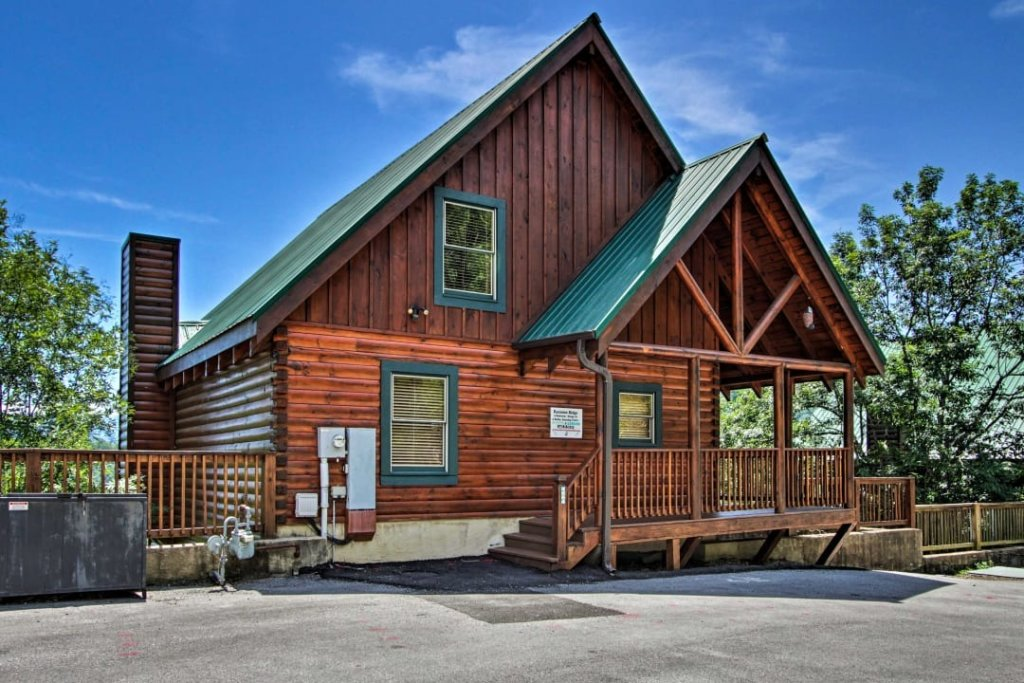Photo of a Pigeon Forge Cabin named Raccoon Ridge - This is the thirtieth photo in the set.