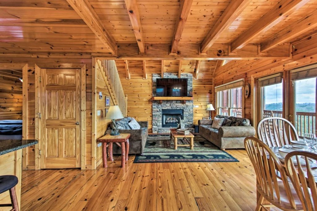 Photo of a Pigeon Forge Cabin named Raccoon Ridge - This is the fifty-first photo in the set.