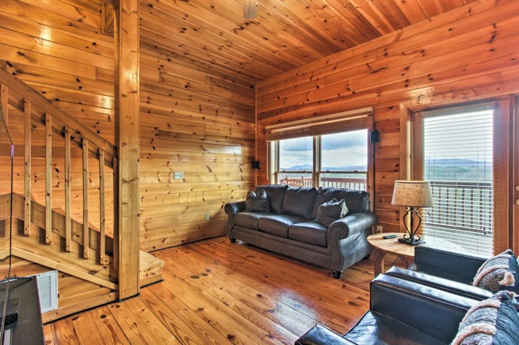 Photo of a Pigeon Forge Cabin named Raccoon Ridge - This is the fifty-seventh photo in the set.