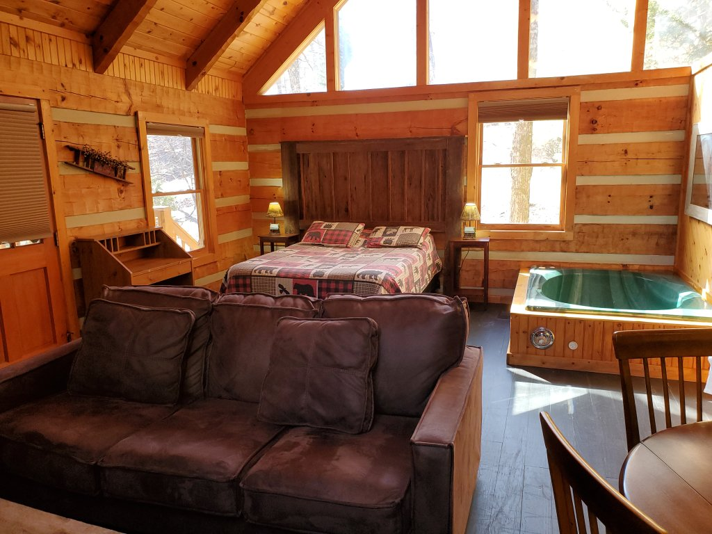 Photo of a Sevierville Cabin named Daze Off #106 - This is the fifteenth photo in the set.