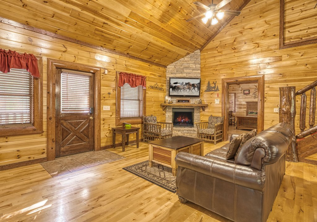 Photo of a Gatlinburg Cabin named A New Beginning #522 - This is the thirteenth photo in the set.