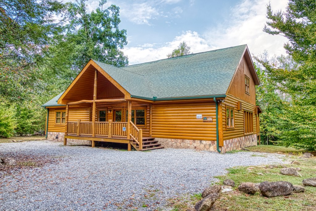 Photo of a Gatlinburg Cabin named A New Beginning #522 - This is the second photo in the set.