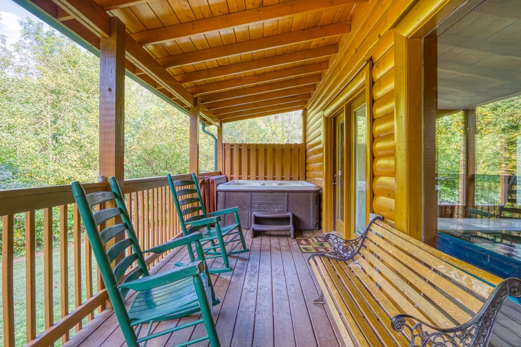 Photo of a Gatlinburg Cabin named A New Beginning #522 - This is the twentieth photo in the set.
