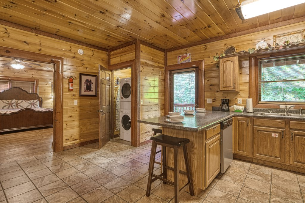 Photo of a Gatlinburg Cabin named A New Beginning #522 - This is the nineteenth photo in the set.