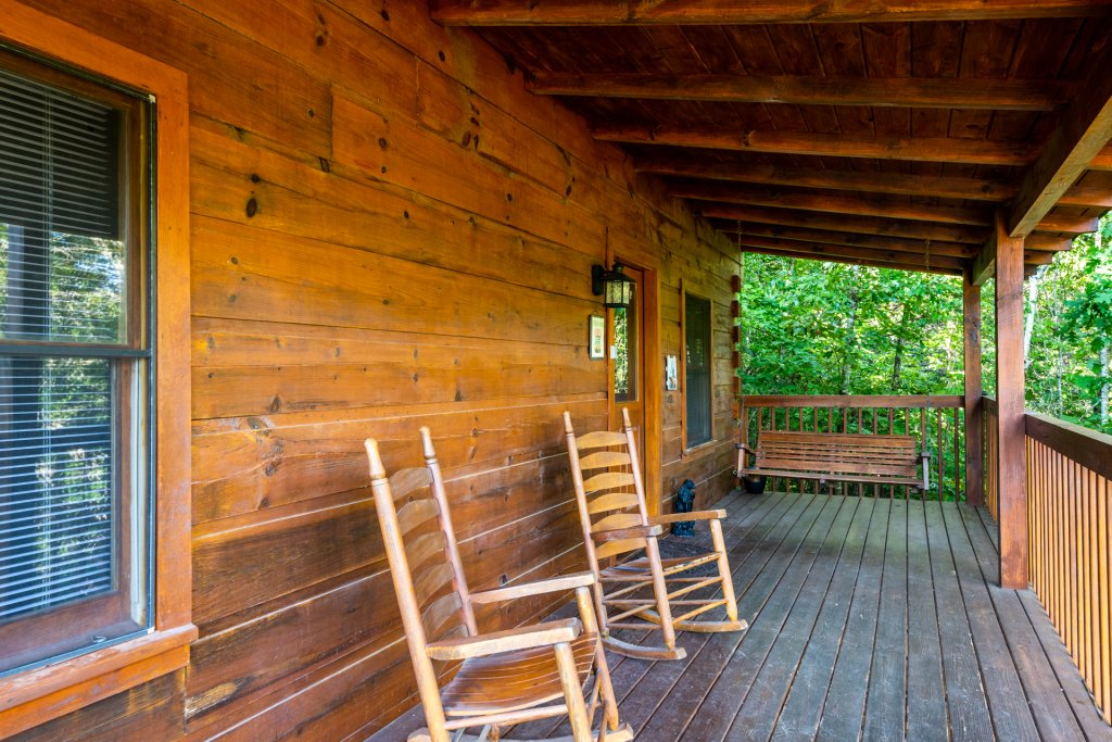 Photo of a Pigeon Forge Cabin named  Bear Naked - This is the twenty-seventh photo in the set.
