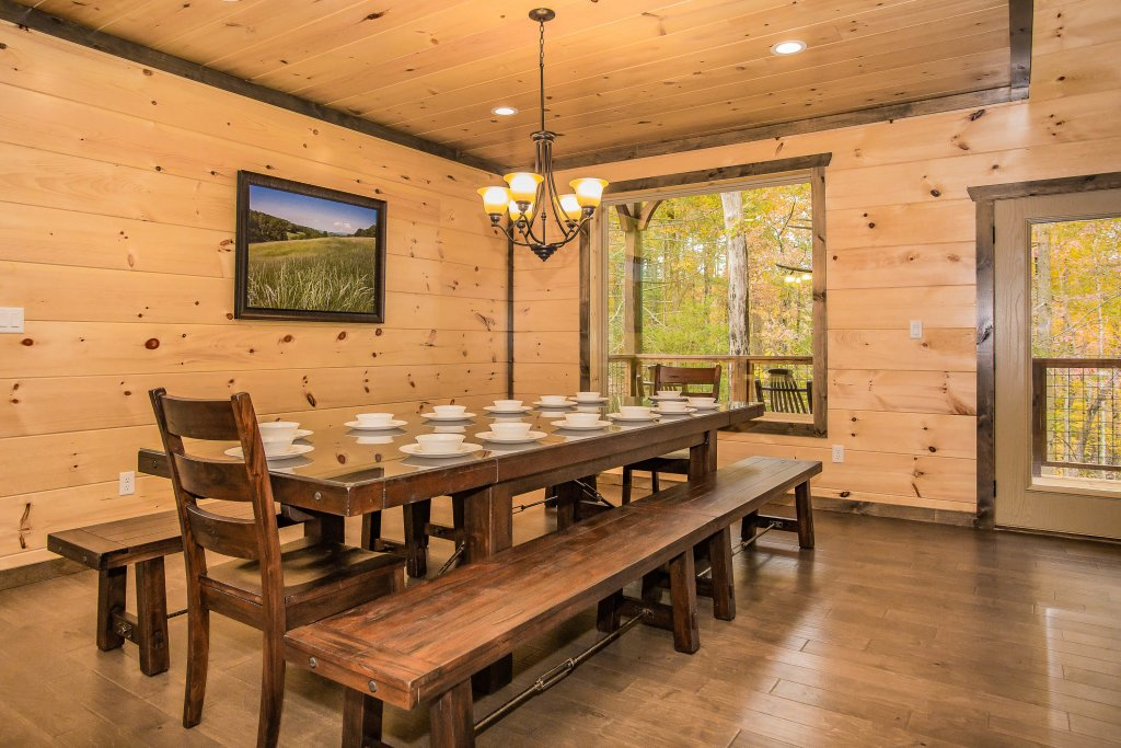 Photo of a Gatlinburg Cabin named Bears Gathering - This is the fifth photo in the set.