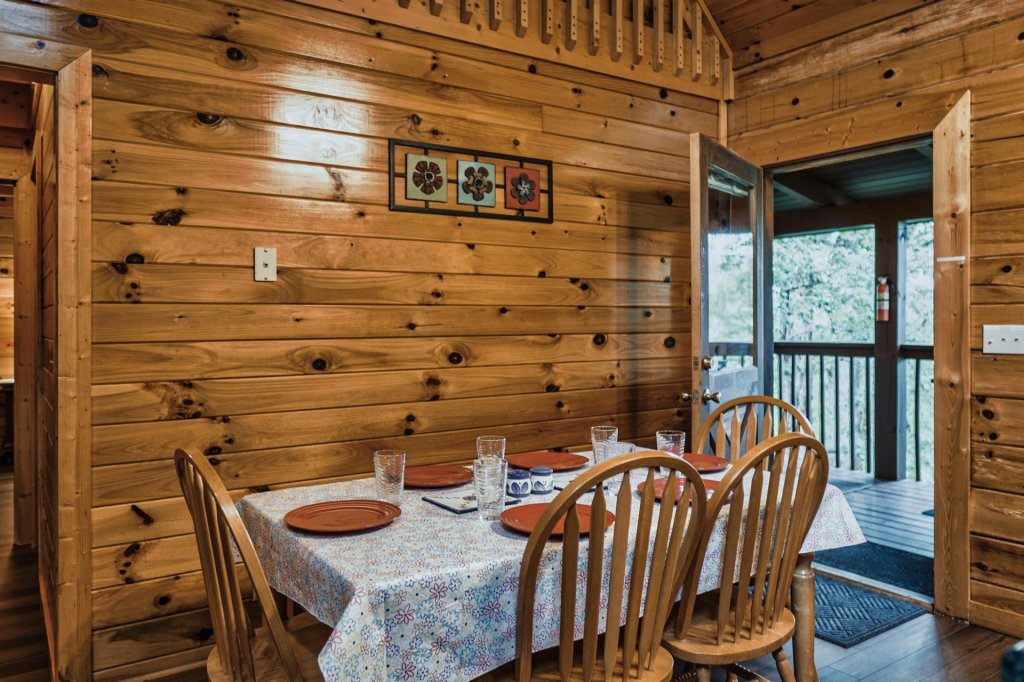 Photo of a Sevierville Cabin named Precious Memories - This is the tenth photo in the set.
