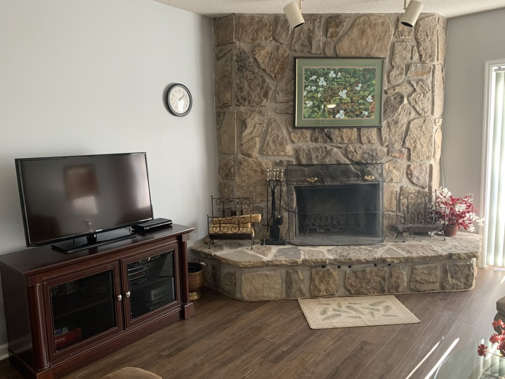 Photo of a Gatlinburg Condo named Holly Ridge 305 - This is the first photo in the set.