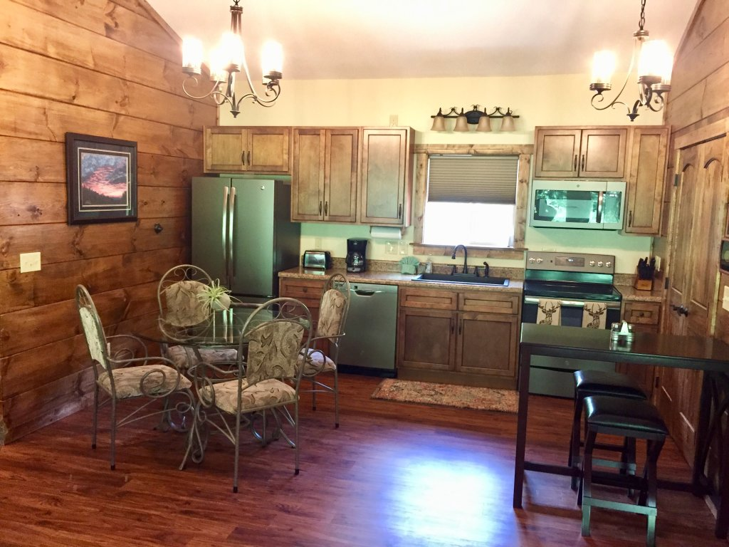 Photo of a Gatlinburg Cabin named Roaring Fork Retreat - This is the seventh photo in the set.