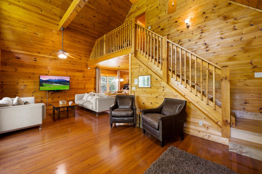 Photo of a Pigeon Forge Cabin named Cinnamon Chalet - This is the sixtieth photo in the set.