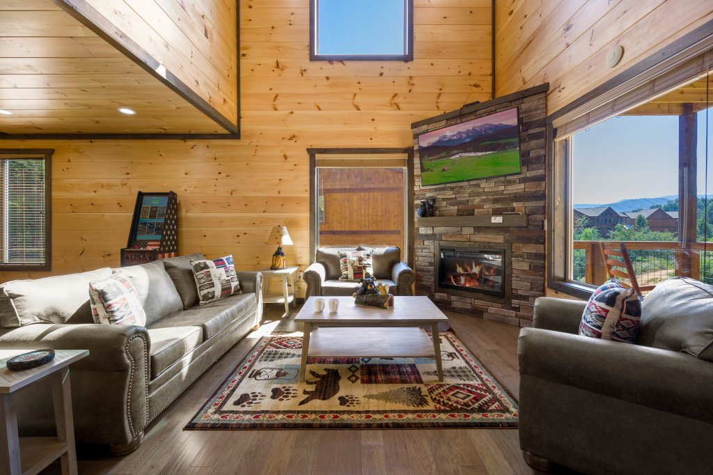 Photo of a Pigeon Forge Cabin named Splashin And Relaxin - This is the ninth photo in the set.