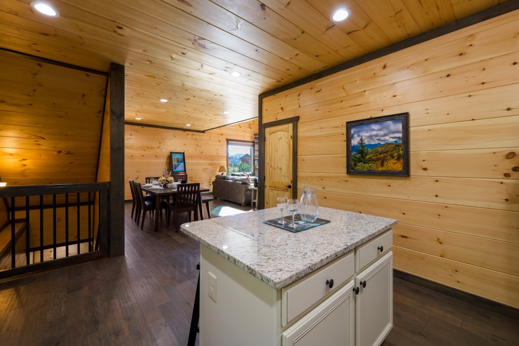 Photo of a Pigeon Forge Cabin named Splashin And Relaxin - This is the ninety-second photo in the set.