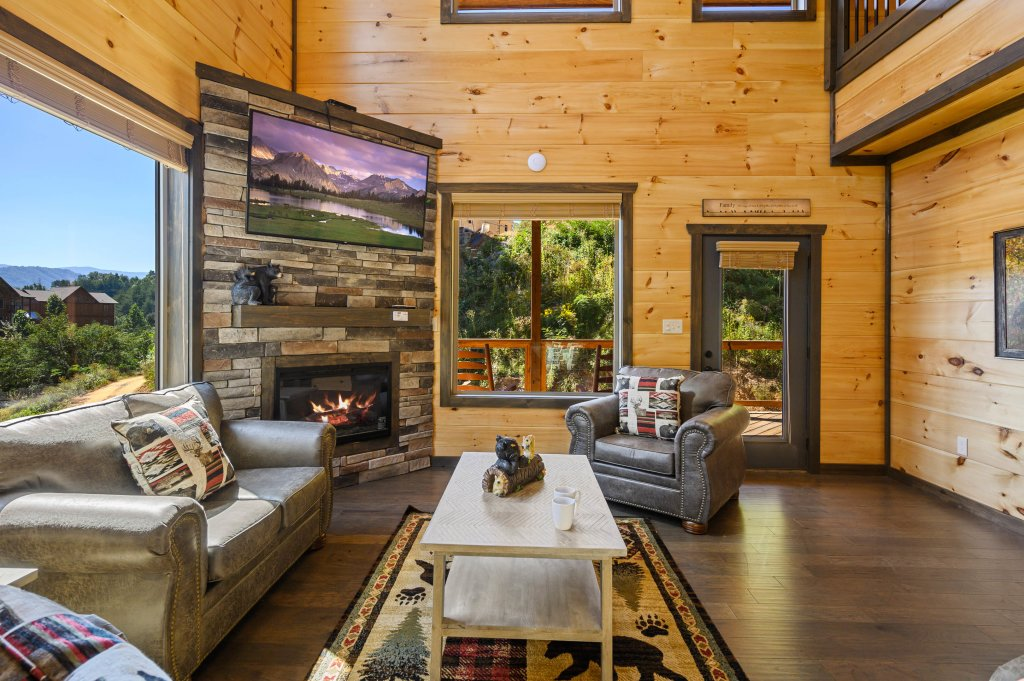 Photo of a Pigeon Forge Cabin named Splashin And Relaxin - This is the eighty-seventh photo in the set.