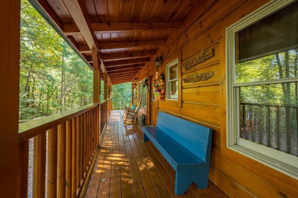 Photo of a Gatlinburg Cabin named Fox Ridge - This is the sixth photo in the set.