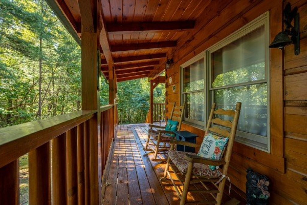 Photo of a Gatlinburg Cabin named Fox Ridge - This is the seventh photo in the set.