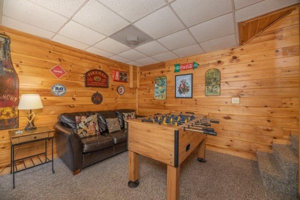 Photo of a Gatlinburg Cabin named Fox Ridge - This is the twenty-sixth photo in the set.