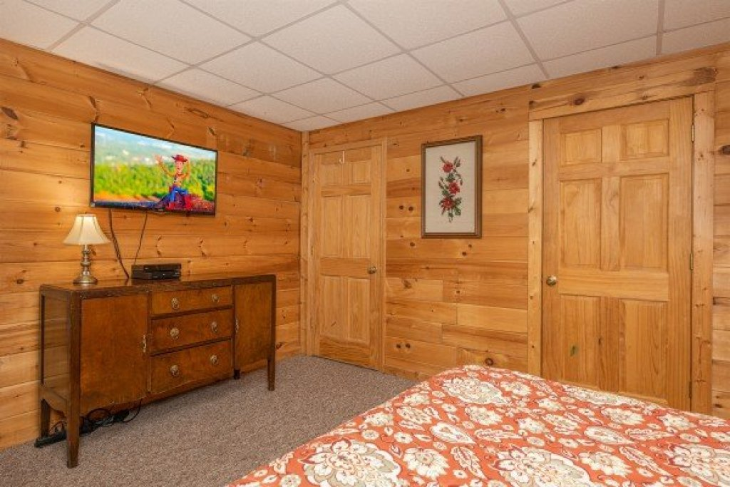Photo of a Gatlinburg Cabin named Fox Ridge - This is the twenty-ninth photo in the set.