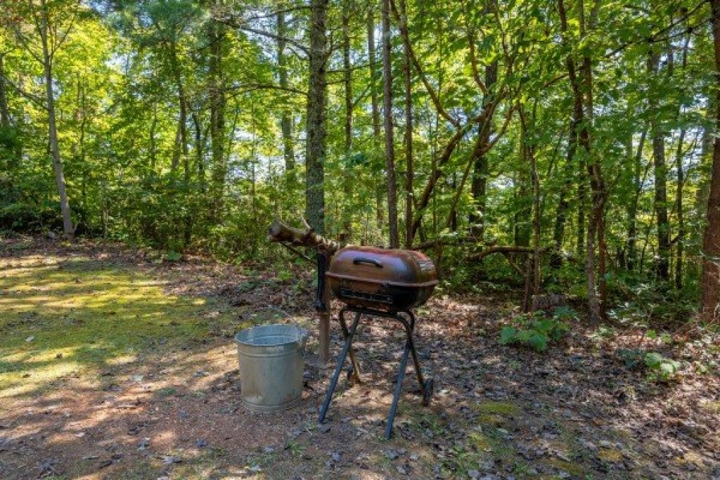 Photo of a Gatlinburg Cabin named Fox Ridge - This is the twenty-fourth photo in the set.