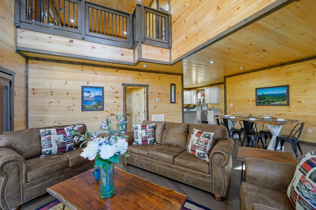 Photo of a Pigeon Forge Cabin named Shangrila Oasis - This is the sixteenth photo in the set.