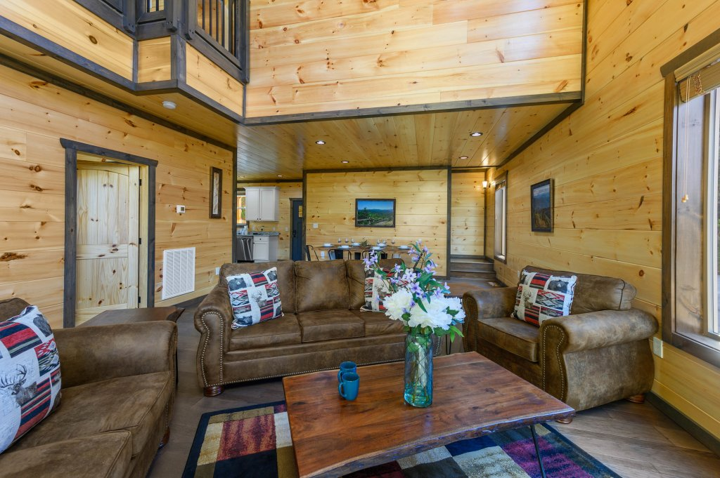 Photo of a Pigeon Forge Cabin named Shangrila Oasis - This is the sixty-second photo in the set.