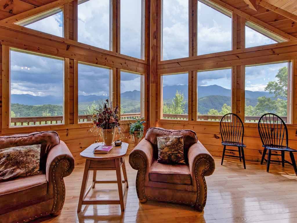 Appalachian Lodge Cabin In Gatlinburg W 4 Br Sleeps16