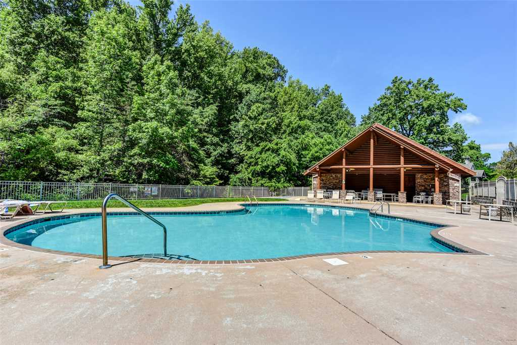 Mountain Splash Cabin In Pigeon Forge W/ 2 BR (Sleeps6